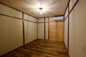 修学院 木をふんだんに使った改装済み戸建て